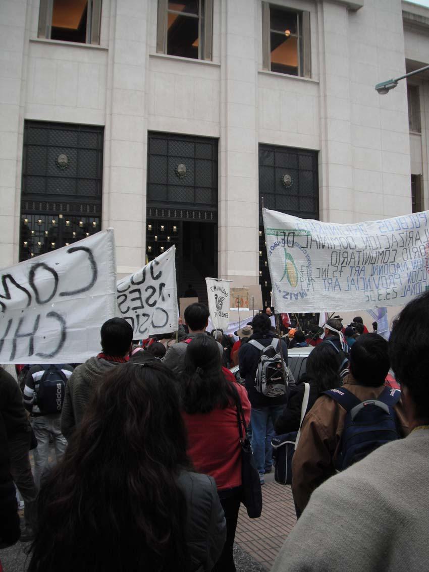 marchaindigenaentucumanel010611.jpg